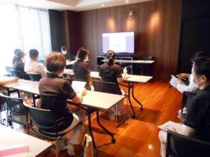 新生児蘇生法スキルアップコースの講習会